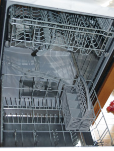 Tips to Loading & Reloading The Dishwasher Photo 1